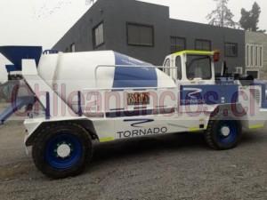 se vende camion semmco tornado aÑo 2016